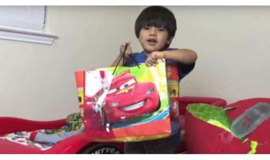 Ο 6χρονος που βγάζει 11 εκατομμύρια δολάρια τον χρόνο!