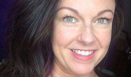 Αυτή η γυναίκα θέλει να δεις την αθώα ελιά στο πρόσωπό της που ήταν τελικά καρκίνος του δέρματος (εικόνα)