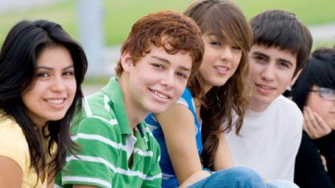 Πώς να αντιμετωπίσουμε ένα παιδί στην προεφηβεία και εφηβεία
