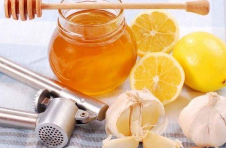 Φυσικό αντιβιοτικό με σκόρδο, λεμόνι και μέλι!