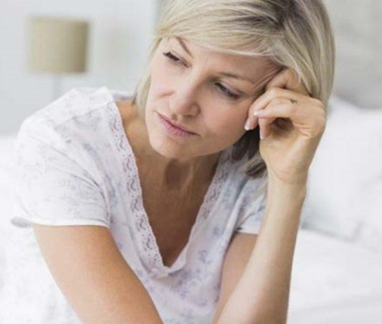 Ο παράγοντας που αυξάνει τον κίνδυνο πρόωρης εμμηνόπαυσης στις γυναίκες