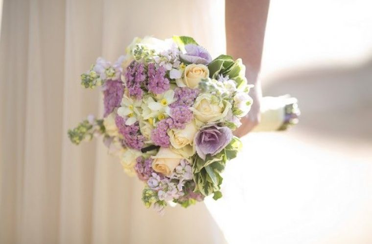 Ιερέας επέβαλε πρόστιμο σε όσες νύφες αργούν στον γάμο τους