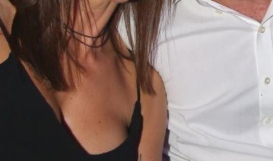 Γνωστός Έλληνας ηθοποιός παντρεύτηκε την ίδια γυναίκα για τρίτη φορά!