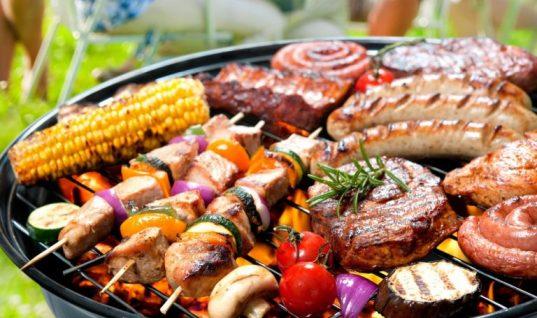 Τσικνοπέμπτη – Η επόμενη μέρα:Τι να κάνεις και τι να φας για να απαλλαχθείς από το φούσκωμα και τις τοξίνες