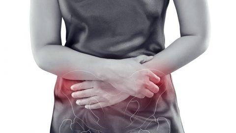 Καρκίνος του τραχήλου της μήτρας: Τα 7 συμπτώματα του πιο ύπουλου γυναικολογικού καρκίνου