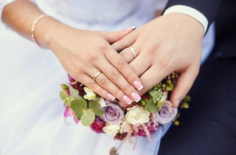 Θρησκευτικός γάμος, 7 χρόνια μετά τον πολιτικό για διάσημο ζευγάρι της ελληνικής showbiz!