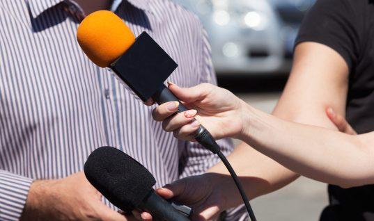 Πασίγνωστη Ελληνίδα δημοσιογράφος: «Απολύθηκα δύο φορές επειδή δεν έγινα συνοδός κάποιων»