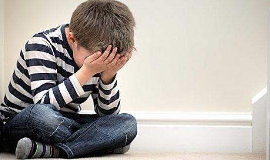 Συναισθηματική παραμέληση: Τι συνέπειες έχει στη ζωή των παιδιών μας