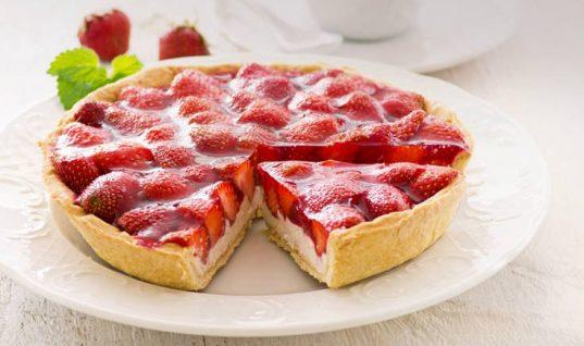 Τάρτα με ανάλαφρη κρέμα και φράουλα!