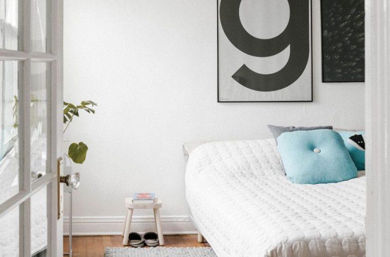 Tα πράγματα που πρέπει να απομακρύνεις από την κρεβατοκάμαρά σου για καλύτερο ύπνο!