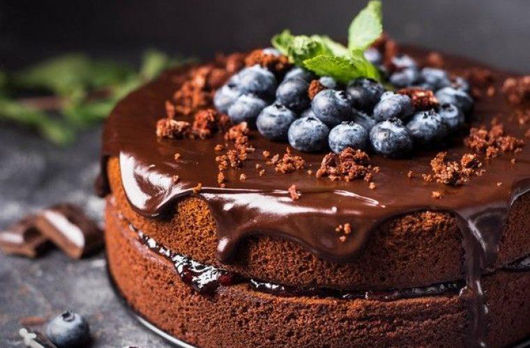 Συνταγή για vegan κέικ σοκολάτας και θα χάσεις τη μιλιά σου!