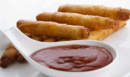 Γλυκόξινη σάλτσα στα γρήγορα!