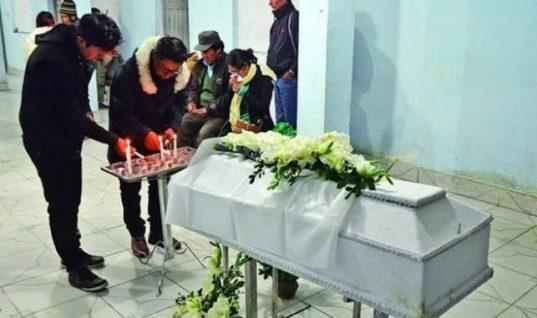 Οι γονείς του νόμιζαν πως είναι νεκρός κι εκείνος πήγε στην κηδεία του!
