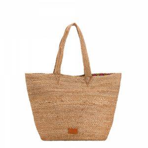 Η ψάθινη τσάντα της Τατιάνας Στεφανίδου είναι υπέροχη και κοστίζει ελάχιστα!