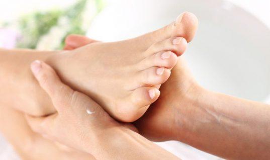 Αυτή η γυναίκα παραλίγο να χάσει το πόδι της μετά από επίσκεψη για πεντικιούρ