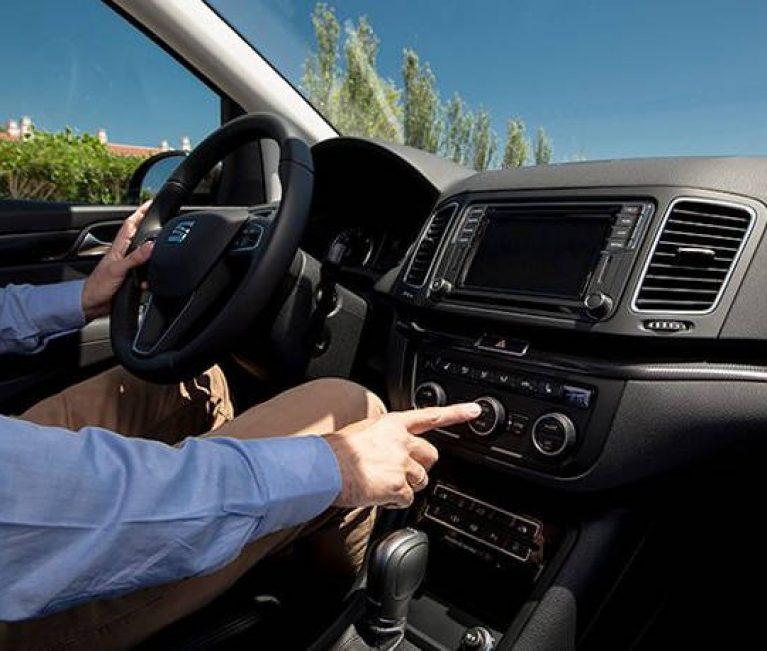 Πέντε λάθη που κάνουμε όταν χρησιμοποιούμε τον κλιματισμό στο αυτοκίνητο!