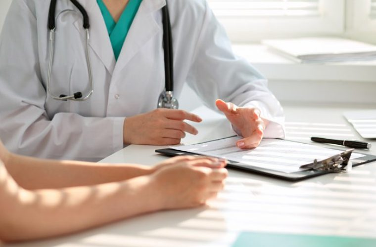 Υποχρεωτική η εγγραφή όλων των πολιτών σε Οικογενειακό Ιατρό- Τι πρέπει να κάνουν