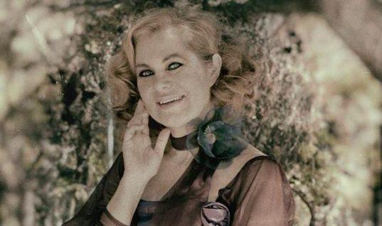 Χρύσα Σπηλιώτη: H κρίση στη ζωή της που την οδήγησε να τα αλλάξει όλα και το τραγικό τέλος