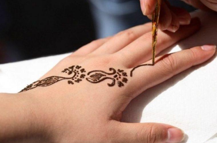 Έπαθαν εγκαύματα από τατουάζ «χένα» και παραλίγο να χάσουν τα άκρα τους (εικόνες)