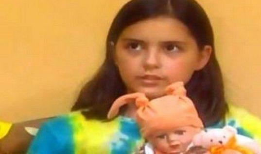 Έφη Ρασσιά: Η μικρή «Βάλια» από το Καφέ της Χαράς μεγάλωσε και έχει γίνει μία κούκλα