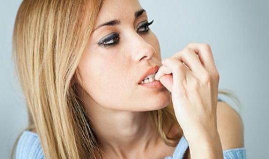 8 καθημερινές συνήθειες που σε γεμίζουν μικρόβια!