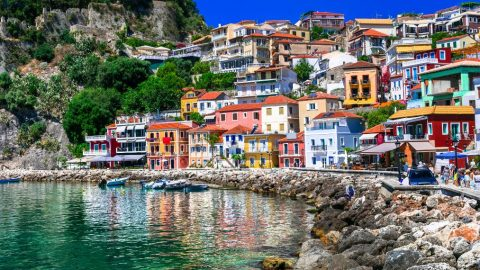 Η Καραϊβική της Ελλάδας -Σε αυτό το πολύχρωμο καρτ ποστάλ με τις εξωτικές παραλίες έρχεσαι οδικώς!