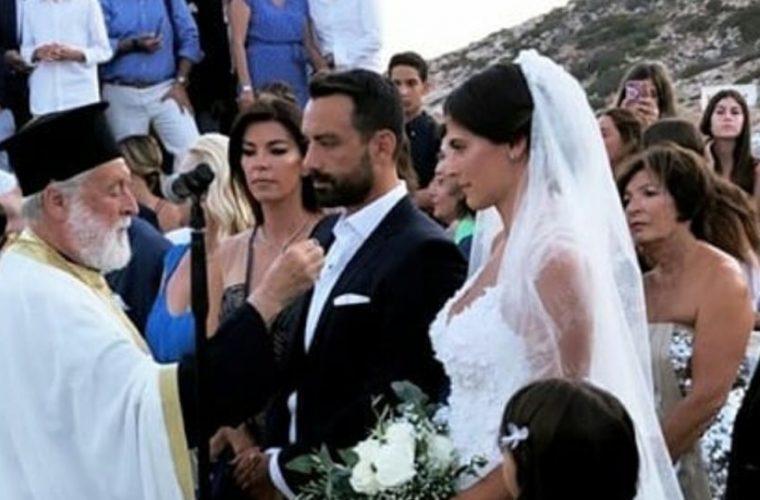 Παντρεύτηκαν Σάκης Τανιμανίδης – Χριστίνα Μπόμπα! (εικόνα)