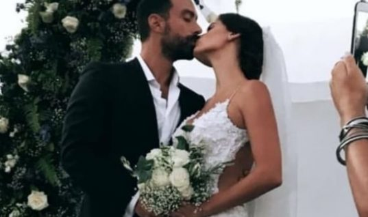 Τανιμανίδης-Μπόμπα: Η μπομπονιέρα τους έκλεψε την παράσταση!