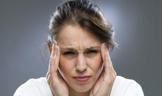 Πονοκέφαλος: 5 τρόποι για να σταματήσει χωρίς φάρμακα