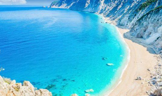 Οι 7 παραλίες στο Ιόνιο που έχουν μπει στο μικροσκόπιο, μετά την κατολίσθηση στο Ναυάγιο