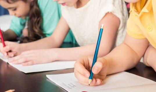 Τι έκανε μια μητέρα στα μολύβια του παιδιού της για να του δώσει αυτοπεποίθηση -Η ανάρτηση μιας δασκάλας που έγινε viral