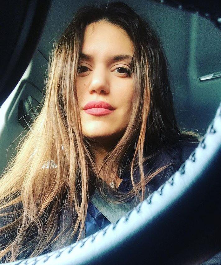 Μελαχρινή καλλονή: Αυτή είναι η αντικαταστάτρια της Μπάγιας Αντωνοπούλου (Pics)