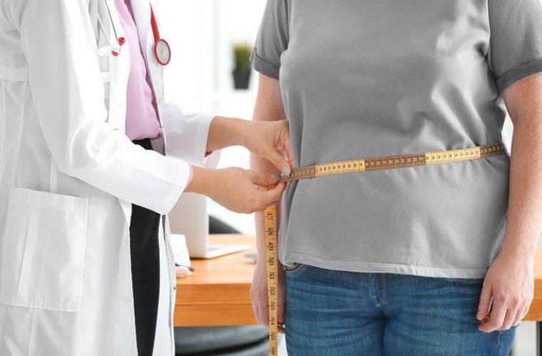 Αύξηση βάρους στη μέση ηλικία: Με πόσους ξηρούς καρπούς θα την προλάβετε