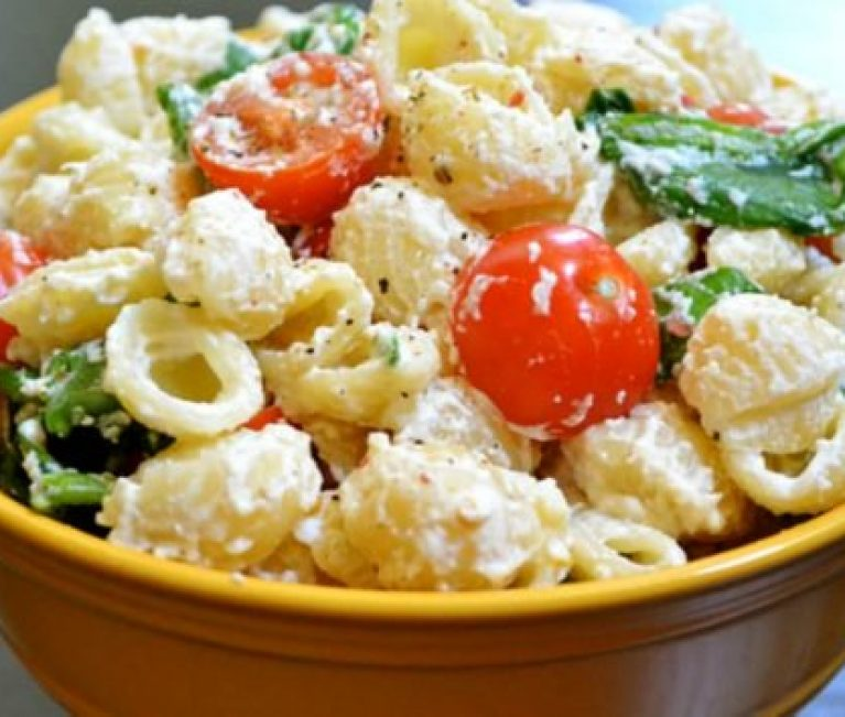Αυτή είναι η κορυφαία σαλάτα ζυμαρικών σύμφωνα με το Pinterest!