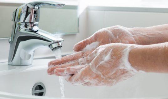 Το 97% όλων μας πλένει τα χέρια του λάθος! Δείτε τι (δεν) κάνουμε…