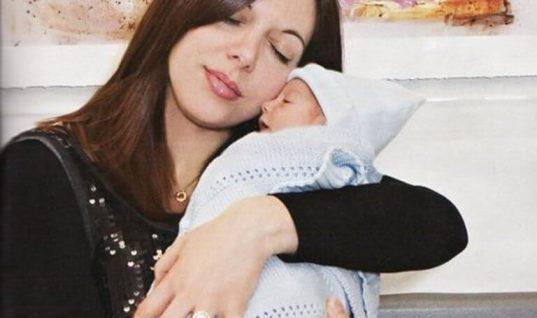 Θλίψη: «Έφυγε» η Ζωή Κωσταρίδη, η πρώτη γυναίκα που γέννησε μετά από μεταμόσχευση καρδιάς