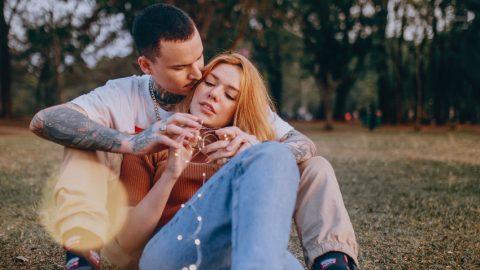 Σκληρές αλλά αληθινές: Η μοναδική ατάκα που χαρακτηρίζει κάθε ζώδιο στον έρωτα