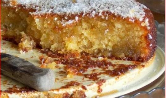 Σιροπιαστό κέικ καρύδας χωρίς βούτυρο και αυγά