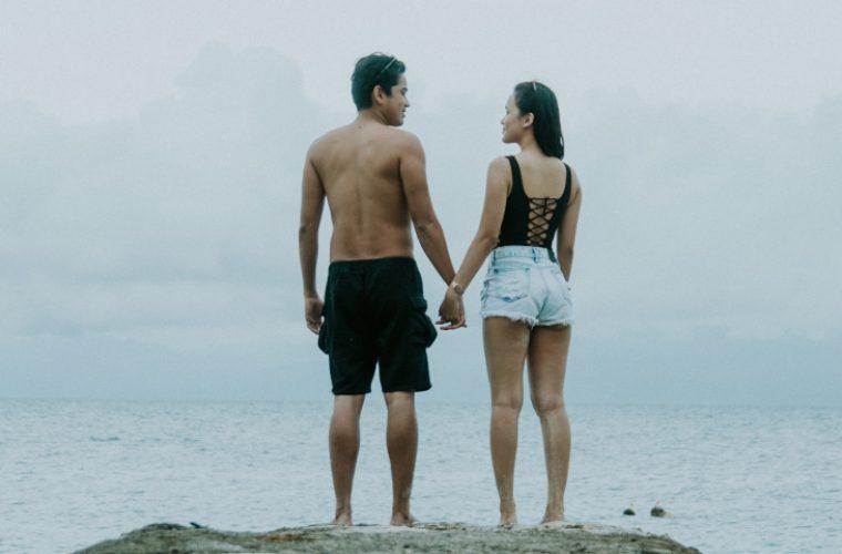 Πόσα κιλά βαρύτερα είναι τα ευτυχισμένα ζευγάρια σύμφωνα με την επιστήμη