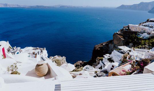 Η μάστιγα του Airbnb χτυπάει και την Ελλάδα