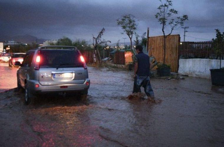 Έκτακτο δελτίο καιρού: Μετά τον καύσωνα βροχές και χαλάζι από τα βόρεια