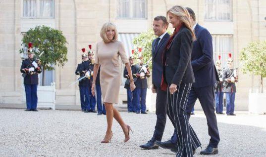 Τι φόρεσε η Μαρέβα Μητσοτάκη στη συνάντηση με τον Μακρόν (εικόνα)
