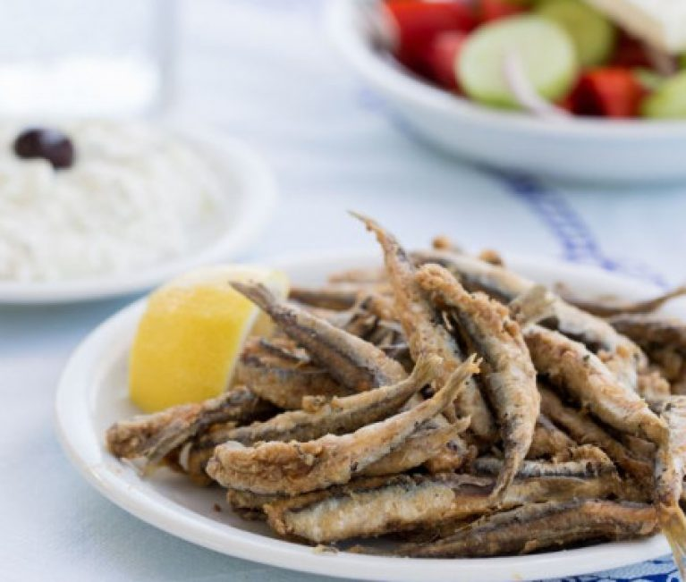 Aυτά είναι τα 6 πιο υγιεινά ψάρια -Οικονομικά, νόστιμα, με πολλά οφέλη για τον οργανισμό