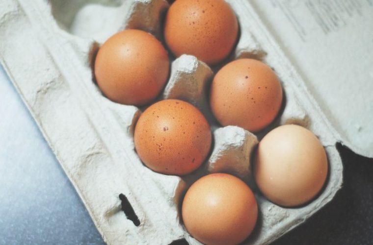 Με αυτό το περίεργο, αλλά έξυπνο τρικ θα διατηρήσεις ολόφρεσκα τα αυγά -Ακόμη και μετά από καιρό