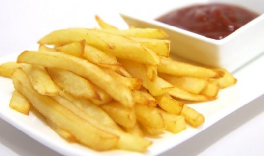Το κόλπο για πιο τραγανές και νόστιμες τηγανιτές πατάτες