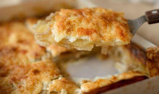 Πατάτες Λιονέζ του Άκη: Μια καταπληκτική συνταγή συν ένα έξτρα tip