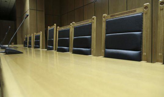 Απόφαση – βόμβα! Δικαστήριο δικαίωσε υπαλλήλους για αναδρομική επιστροφή 13ου και 14ου μισθού