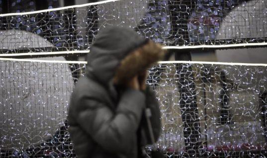 Αλλάζει απότομα ο καιρός από την Κυριακή: Έρχονται κρύο και χιόνια στα ορεινά