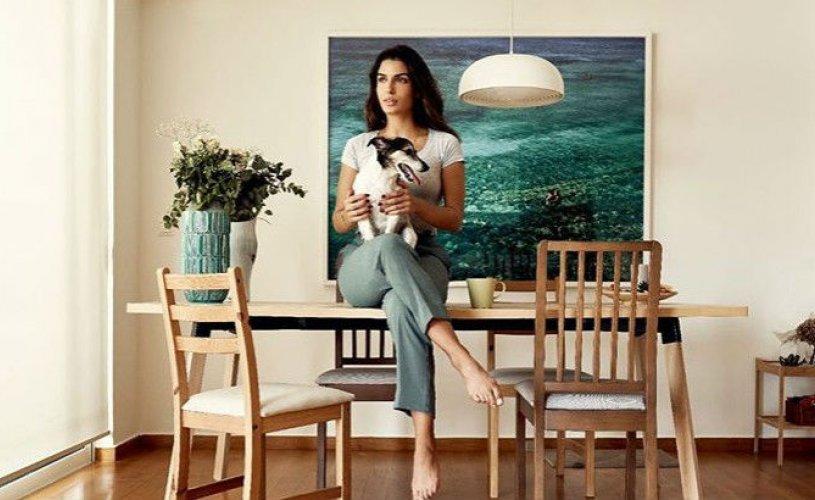 Η Τόνια Σωτηροπούλου μας δείχνει το σαλόνι του σπιτιού της!Κομψό και άνετο