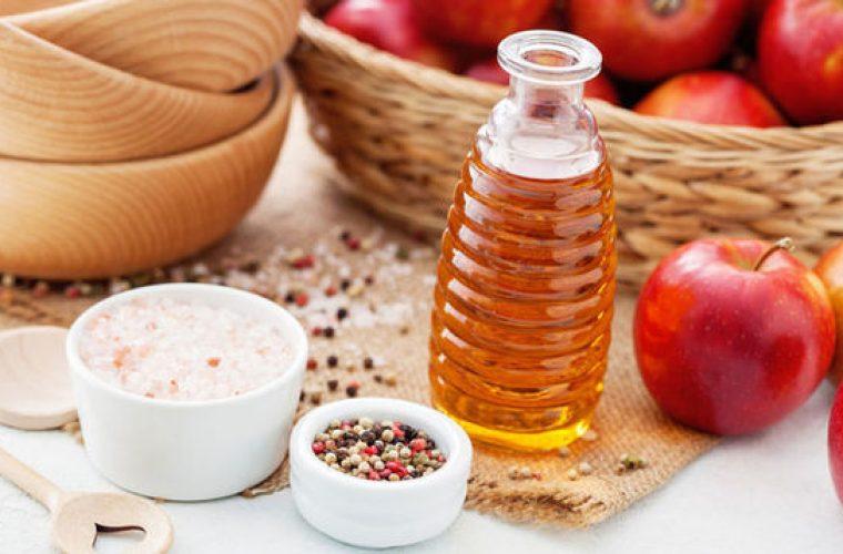 3 θαυματουργά πράγματα που θα κάνει το μηλόξυδο στα μαλλιά σου
